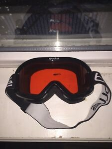 Good condition ski goggles