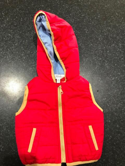 dc11ad0327c1 Brand new red Bebe puffer jacket