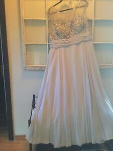 Mother of groom dress and black and gray/beige