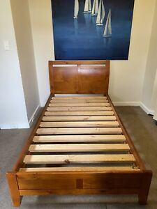 KING SINGLE TIMBER BED