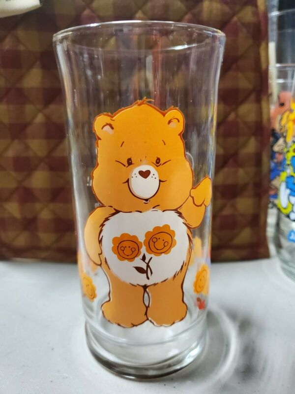 1983 CARE BEARS FRIEND BEAR PIZZA HUT DRINKING GLASS 1983 vintage