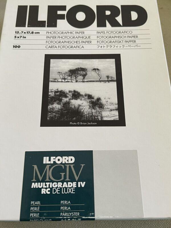 ILFORD MULTIGRADE IV RC DE LUXE PEARL  5X7  100 DARKROOM PAPER