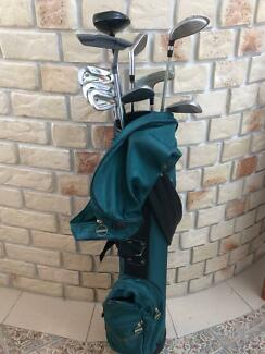 GOLF BAG, CLUBS BALL SCOOP the lot
