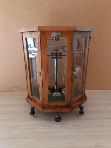 Vintage Soviet laboratory scales, analytical balance 1950s USSR.