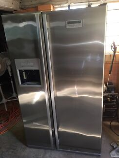 Stainless fridge freezer Nudgee Brisbane North East Preview