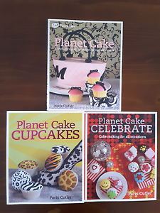 3 PLANET CAKE CAKE DECORATING BOOKS AS NEW WILL SEPARATE Craigmore Playford Area Preview