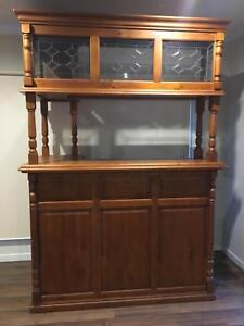 Bar - great condition