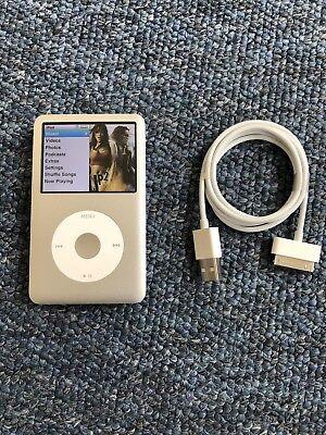 Apple iPod Classic 160GB A1238 7th Generation + Apple USB cable Bundle Apple Ipod Classic Usb