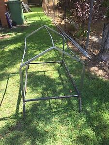 Dog kennel frame and cover Churchill Ipswich City Preview