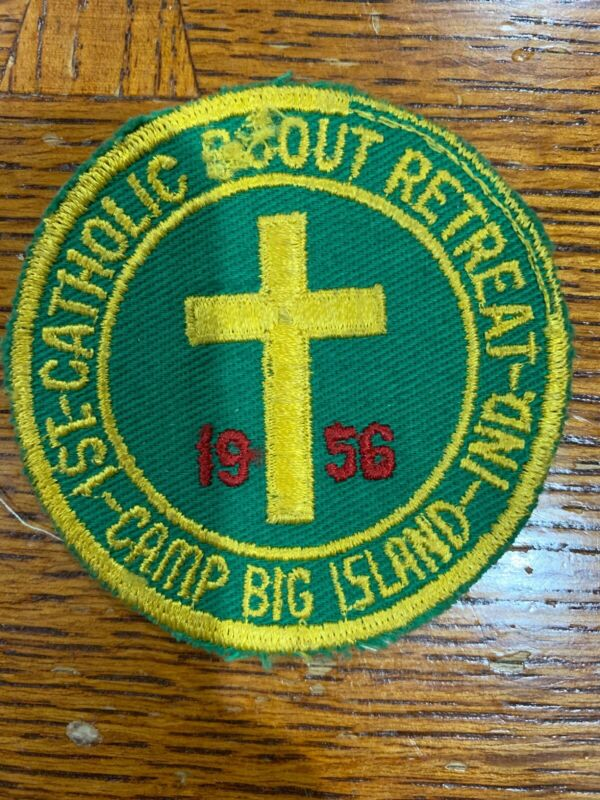 C/E 1956 1st Catholic Scout Retreat Patch Camp Big Island Boy Scouts