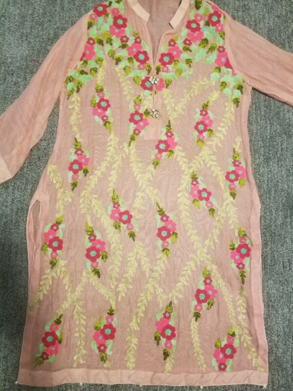 Aghanoor embroidered kurti with slip,  Size Large
