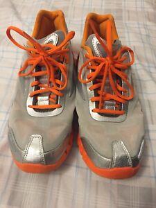 "Reebok running shoes (size 9.5"")"
