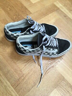 VANS OLD SKOOL OFF THE WALL LITE TRAINERS SIZE UK 8 CHECKERBOARD BLACK/OFF WHITE