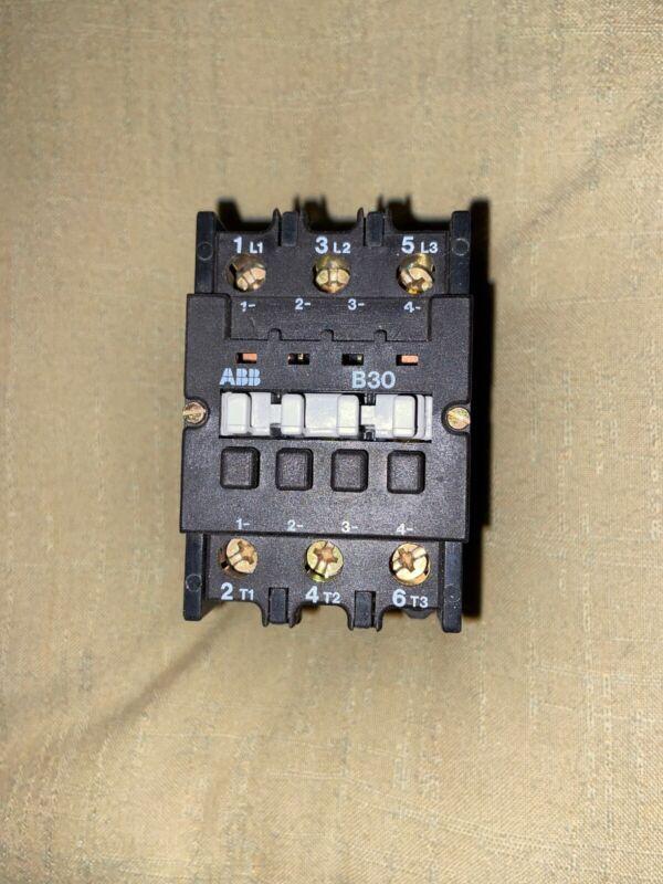 ABB Contactor B9 115V / 120V Coil Motor Starter 3 Pole / B9-30-01