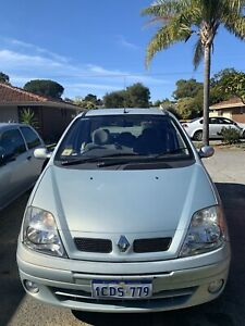 2004 Renault Scenic Expression/Very low Km!