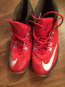 Nike Zoom - Men's size 14 Basketball