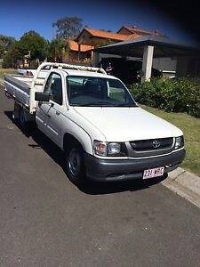 Toyota hilux 2wd Burleigh Waters Gold Coast South Preview