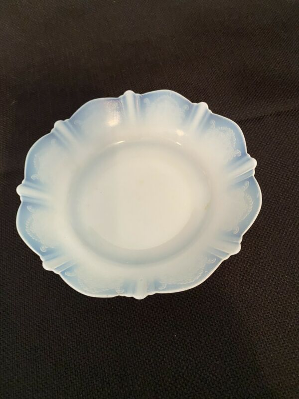 """MacBeth Evans American Sweetheart Monax Opalescent White Glass 6"""" Cereal Bowl"""