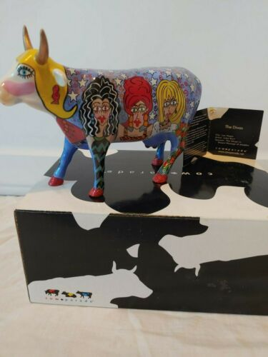 """#7325 """" THE DIVAS"""" COW PARADE *Retired and RARE* New in box w/ tag"""