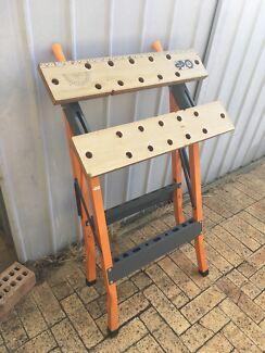 Mitre work bench / hand saw
