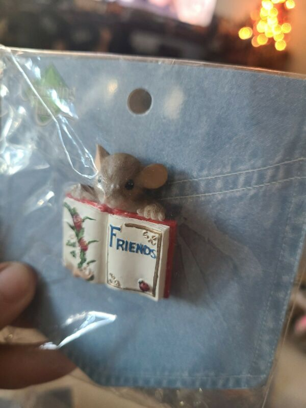 Charming Tails Lapel Pin Mouse Holding Friends Book With Ladybug And Flowers