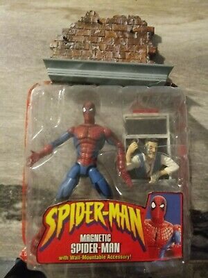 "Mcfarlane Spider-man MAGNETIC Spider-man Action Figure Toybiz 6"" Marvel, 2001"