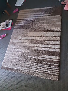 Brown  rug Windsor Hawkesbury Area Preview