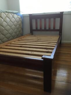 King Single hardwood Slat bed