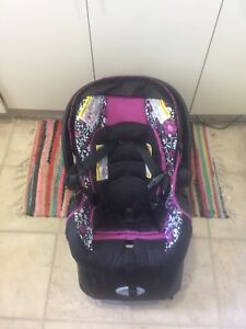 Evenflo car seat and base for baby girl