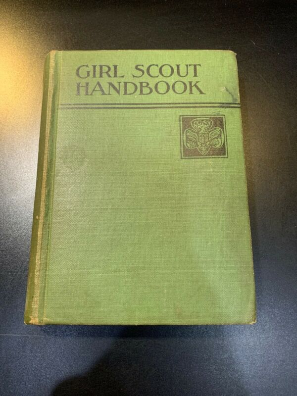 1933 Girl Scout Handbook Manual Hardcover 1st Edition 1st Impression