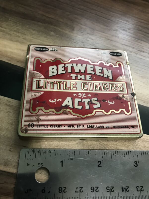 Vintage BETWEEN the ACTS Little CIGARS Hinged Advertising Tin! P. LORILLARD Co.
