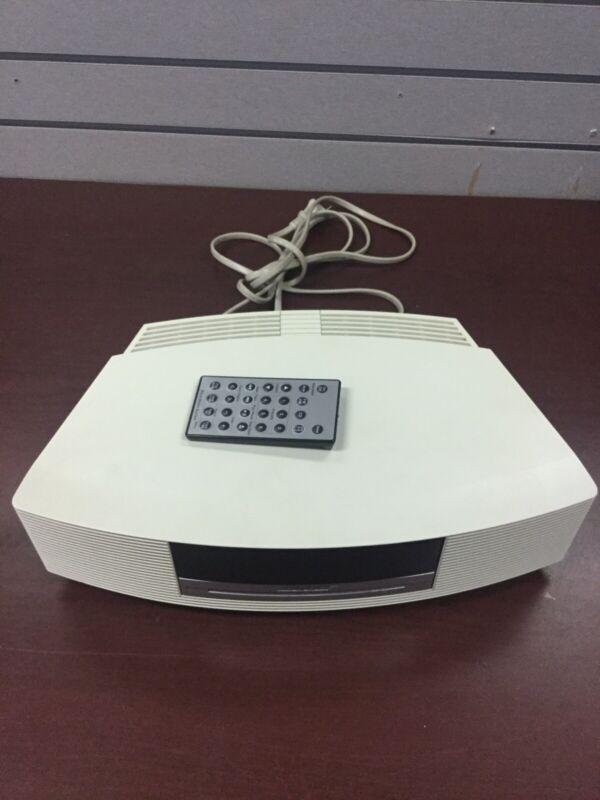 Bose Wave Music System CD Radio AM/FM Alarm Clock Cream White AWRCC2 w/ Remote
