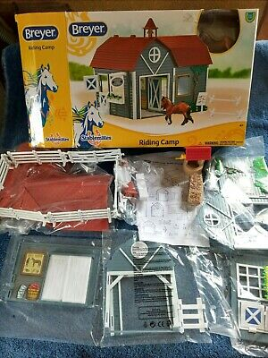 2019 Breyer Horse Stablemates RIDING CAMP Set 59212 Barn Xtras Hay Well Fence