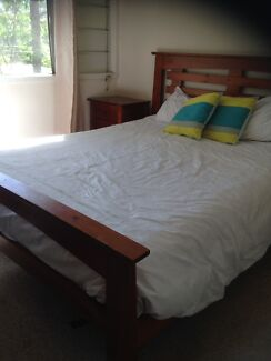 Solid Timber Queen Bed Suite Fig Tree Pocket Brisbane North West Preview