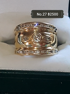 9ct Gold and Diamond Dress Ring South Maitland Maitland Area Preview