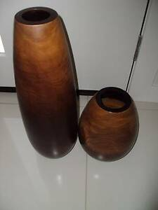 2X DECORATIVE VASES, CHOCOLATE BROWN TIMBER Brighton-le-sands Rockdale Area Preview