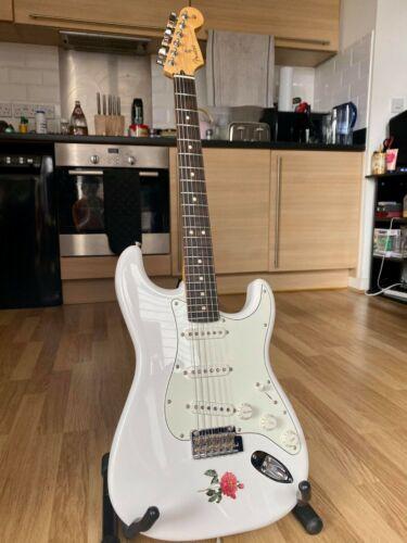 2019 Fender Player Stratocaster Polar White