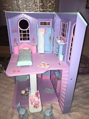 Barbie TALKING TOWNHOUSE Playset TOWN HOUSE w/ Furniture and accessories