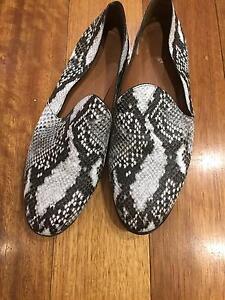 Wittner Black & White leopard skin shoes Albert Park Port Phillip Preview