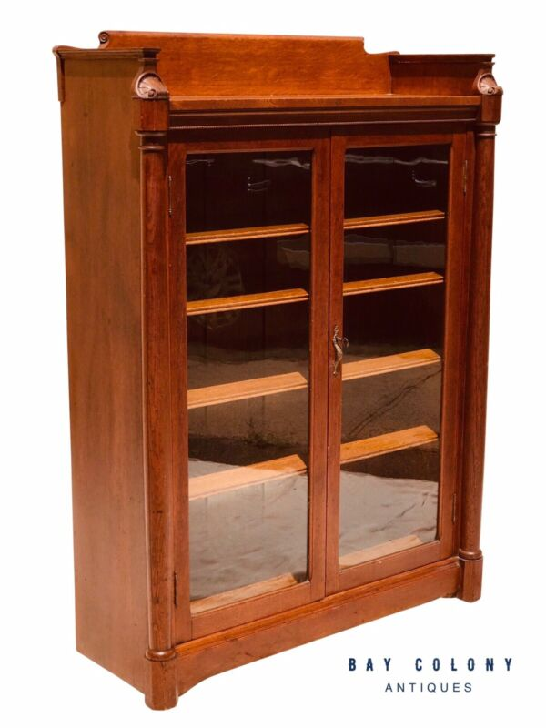 19TH C VICTORIAN DOUBLE DOOR SHELL CARVED OAK ANTIQUE BOOKCASE / CHINA ~ SUPER