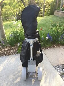 BC Tour golf bag/collapsible cart and assorted clubs