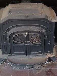 Wood burning stove for sale 100$