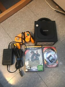 Nintendo Gamecube w/ controller and cables