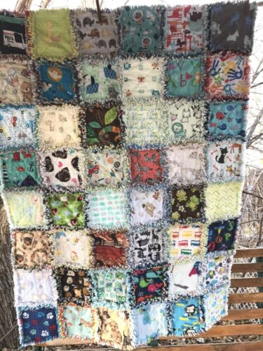 RAG QUILT I SPY throw quilt Neutral 48 different prints handmade in USA  #43n