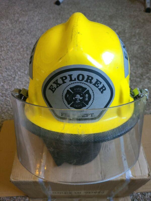 VINTAGE CAIRNS & BROTHER MODEL 770 FIRE HELMET WITH FACE SHIELD & NECK LINER
