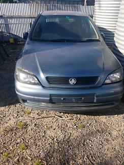 Holden Astra CD Cracked Head