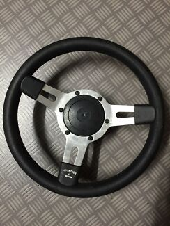 Land Rover Steering Wheel and Boss Kit Skye Frankston Area Preview