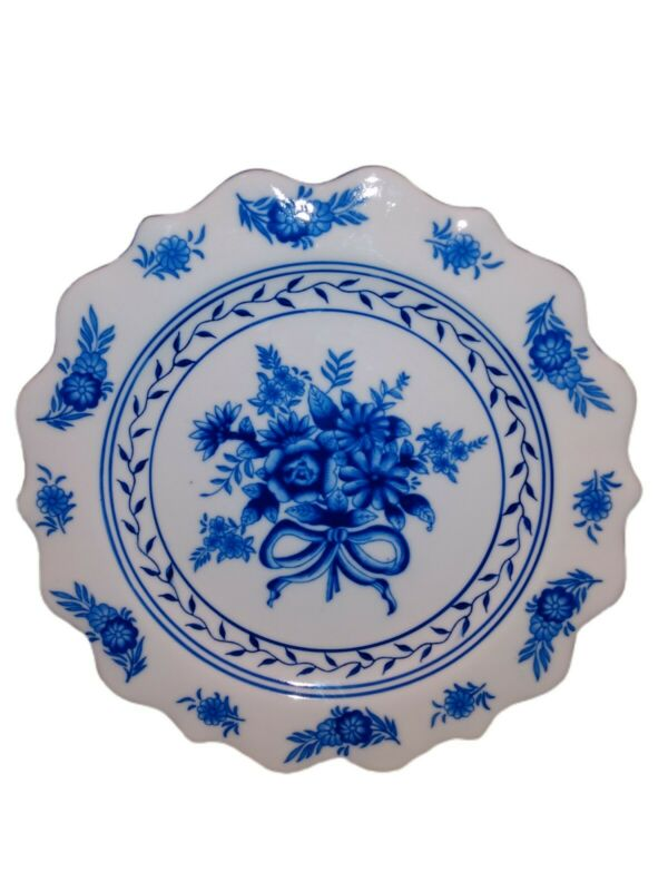 """Blue & White Floral Ceramic Pottery Serving Platter/Wall Hanger Scallop Edge 12"""""""