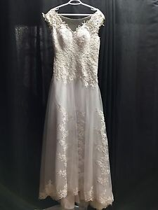 Wedding dress blow out.  Kitchener / Waterloo Kitchener Area image 2