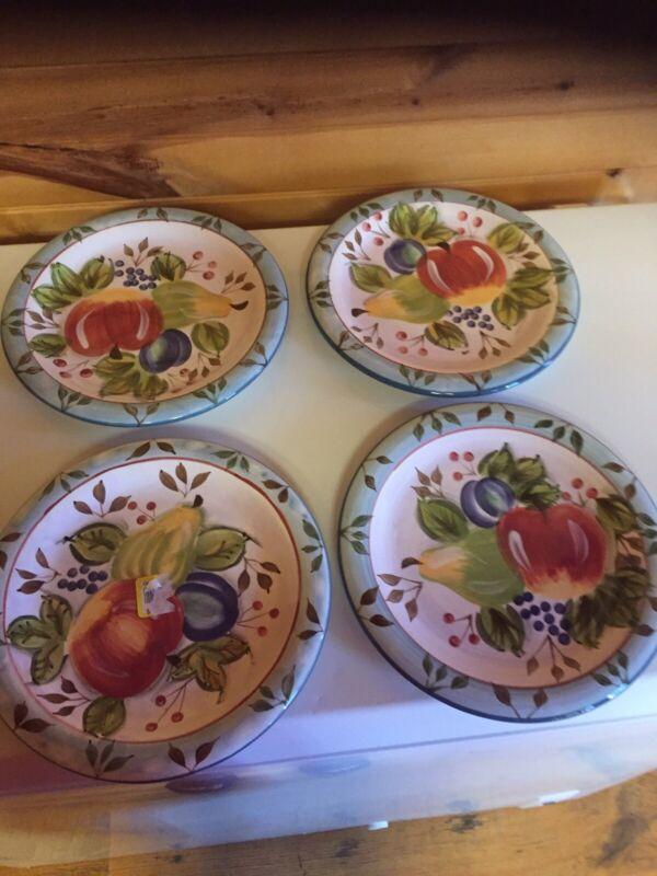 Vintage Heritage Mint Black Forest Fruits Set Of 4 10 1/2 Inch Dinner Plates